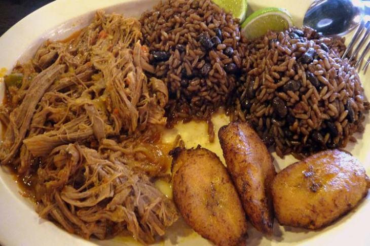 1018-comida-criolla